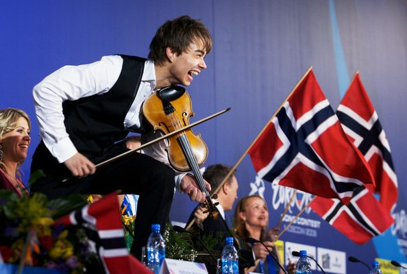 Norway: The Melodi Grand Prix finalists with their competing songs go public.