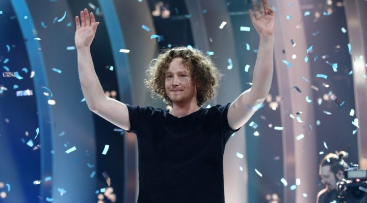 "Germany: Michael Schulte prepares the promotion of ""You Let Me Walk Alone"""