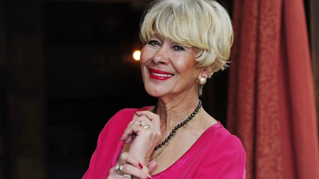 The Netherlands: Anneke Grönloh passes away at the age of 76.