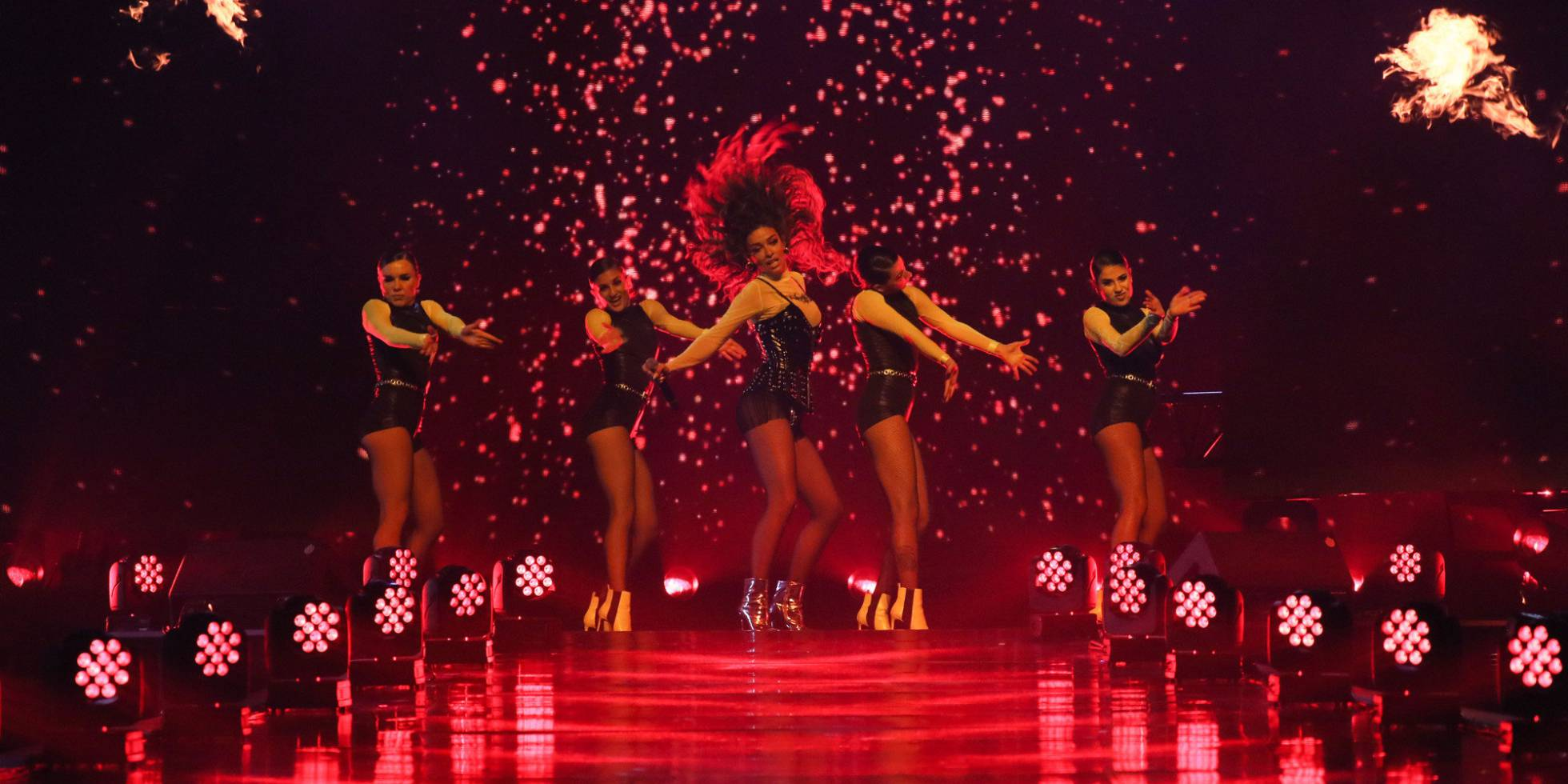 Eleni Foureira puts the stage on fire during her LOS 40 Music Awards performance