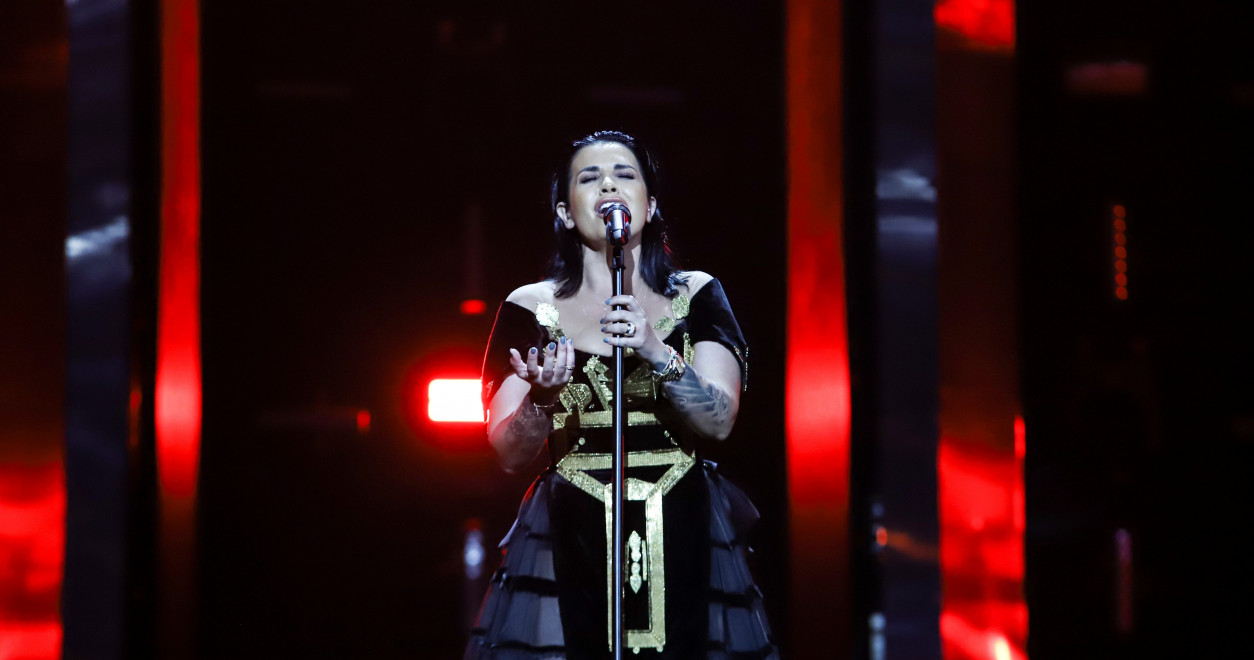Tel Aviv rehearsals Day 4: Jonida Maliqi takes the stage for Albania's first rehearsal