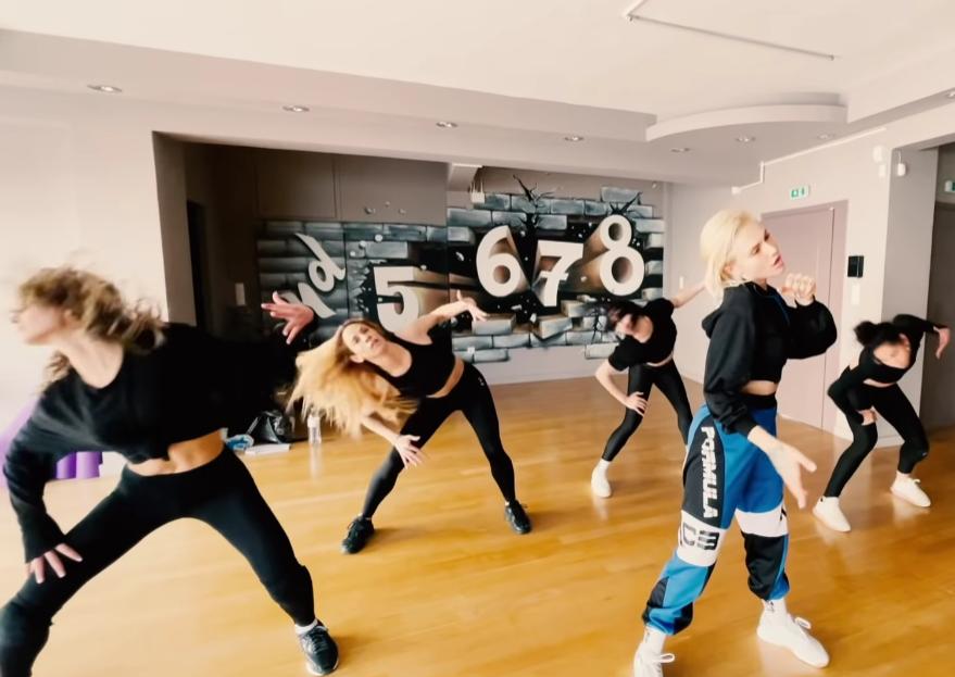 Cyprus: A sneak peek of Elena Tsagrinou's rehearsals of 'El Diablo' released