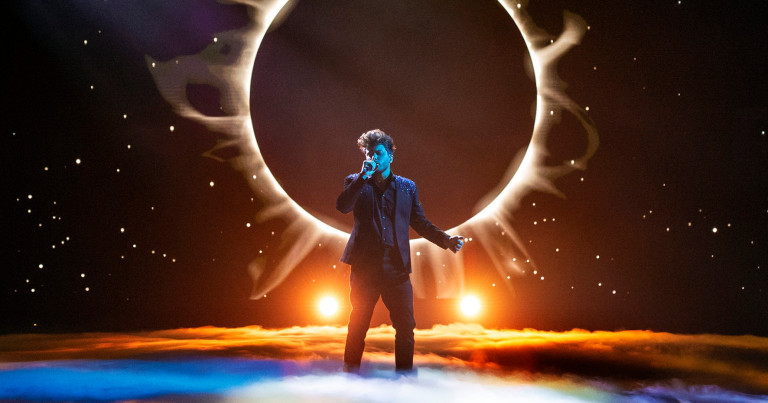 "Spain: Blas Cantó to sing ""Voy a quedarme"" at Eurovision 2021"